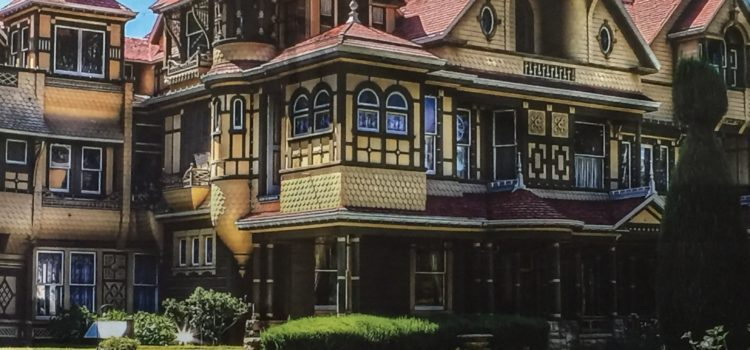Winchester Mystery House Will Host Candlelight Tours