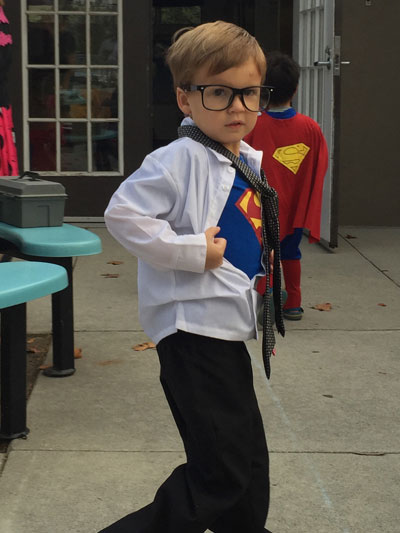Leave several buttons undone so that the Superman symbol is peaking out. Bamn! Youu0027ve got a Clark Kent in ...  sc 1 st  HorrorBuzz & Mommy Fearist Offers Easy Costumes Ideas for Halloween